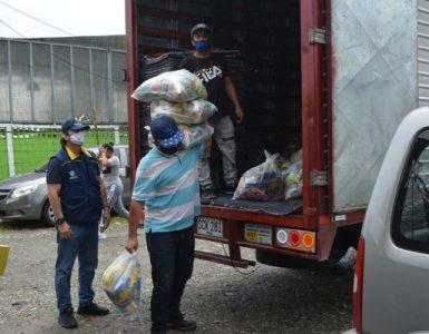 Gobernación del Valle llegó con ayudas humanitarias a familias indígenas de Buenaventura