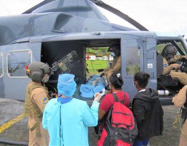 ARMADA DE COLOMBIA PONE A SALVO LA VIDA CUATRO PERSONAS EN EL PACÍFICO COLOMBIANO