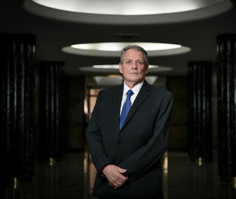 Gerente del Emisor habla de su decisión de no reelegirse | Economía