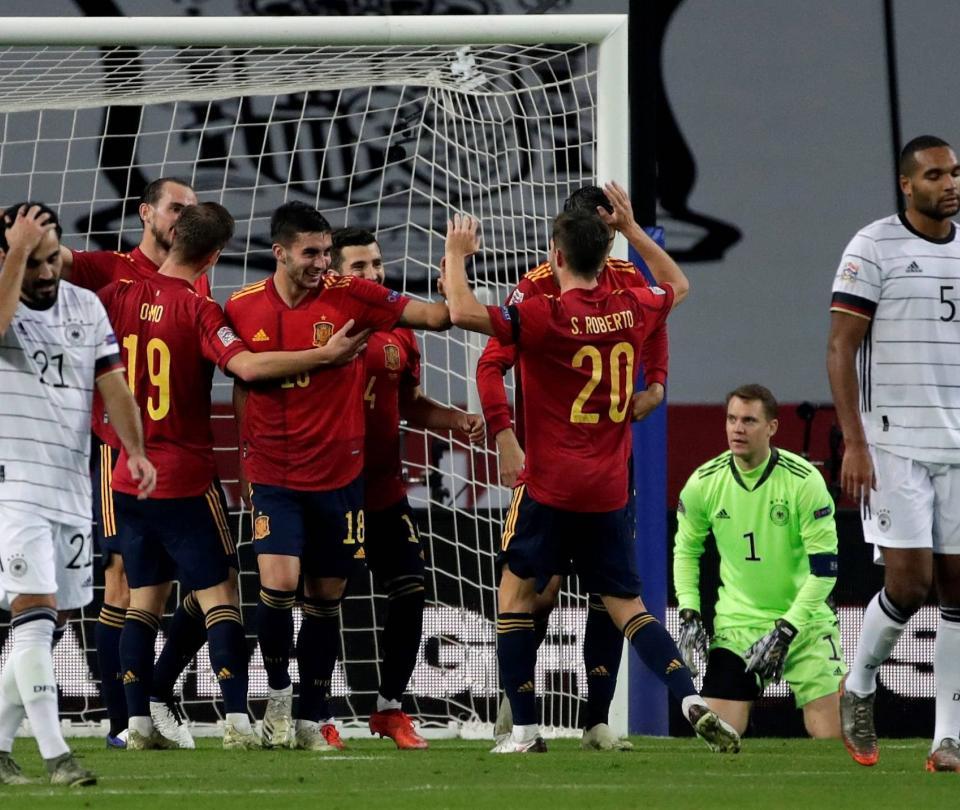 Joachim Löw y , técnico de Alemania, en el ojo del huracán, tras goleada de España - Fútbol Internacional - Deportes