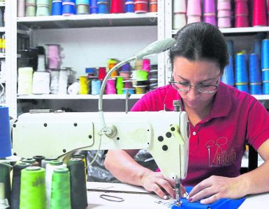 La importancia de las mujeres en la recuperación económica en Colombia 2020 | Economía
