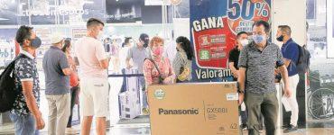 Primas anticipadas le dan la largada a compras navideñas | Economía