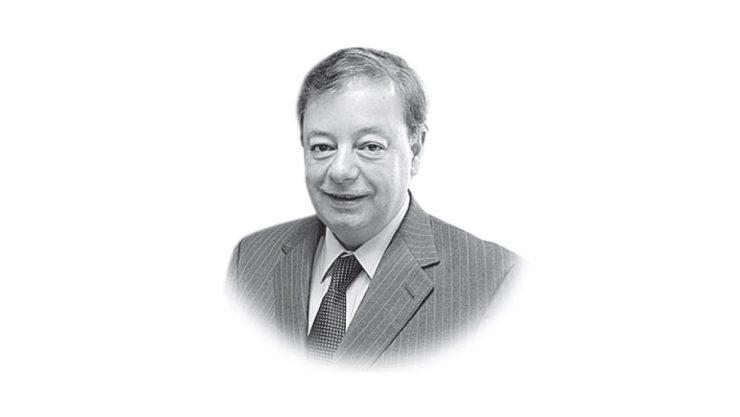 Últimos en la cola - Columna de Gabriel Silva Luján - Columnistas - Opinión