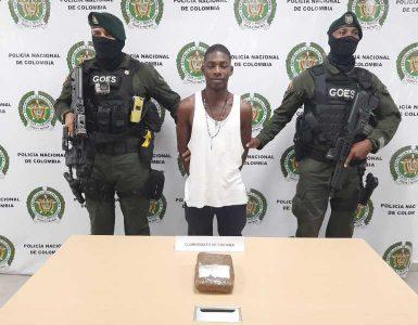 El Grupo de Operaciones Especiales de la capturó en flagrancia a un sujeto conocido como 'cinturita' en Buenaventura