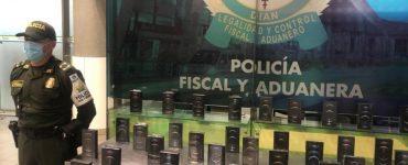 Policía incautó 40 IPhone 12 Pro de contrabando en buenaventura