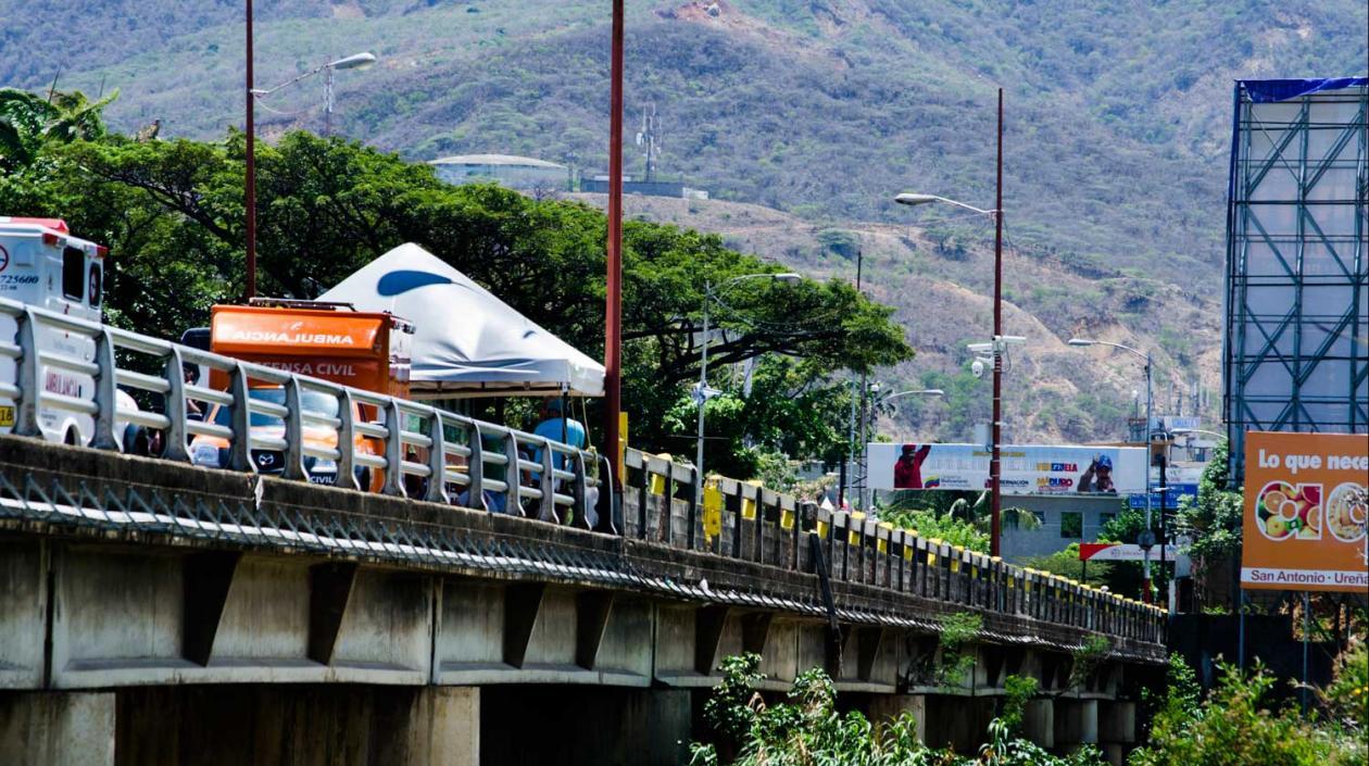Aumento del Covid-19 lleva a Colombia a redoblar medidas en frontera con Venezuela