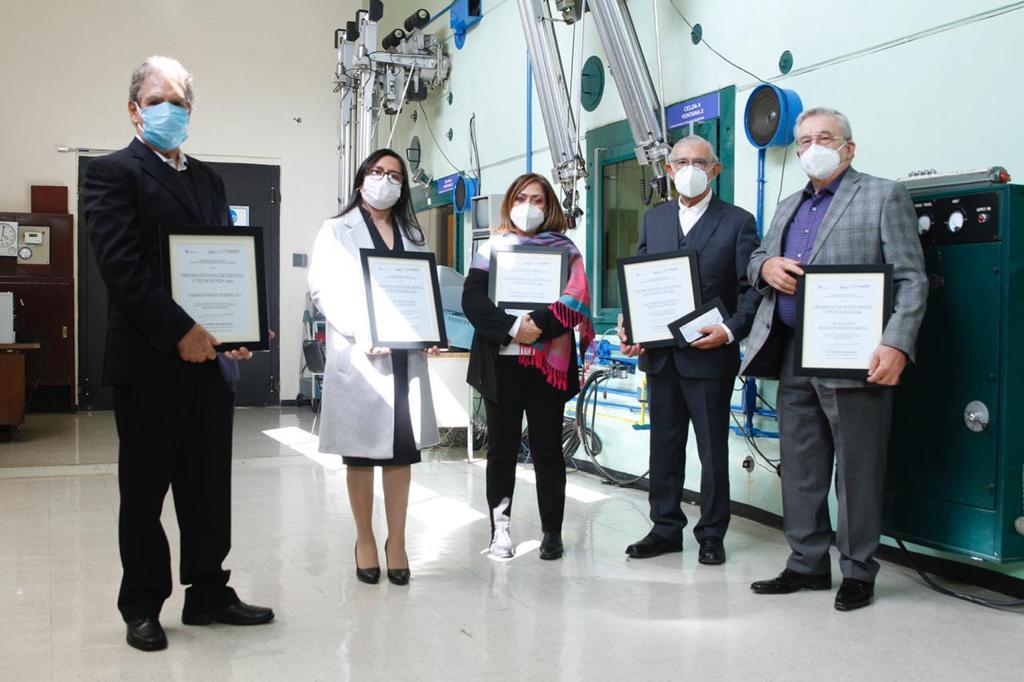 Ocoyoacac. Alfredo Del Mazo entrega premio de ciencia y tecnología