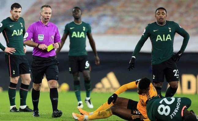 Tottenham-Fulham de la Liga Premier fue cancelado por el covid-19