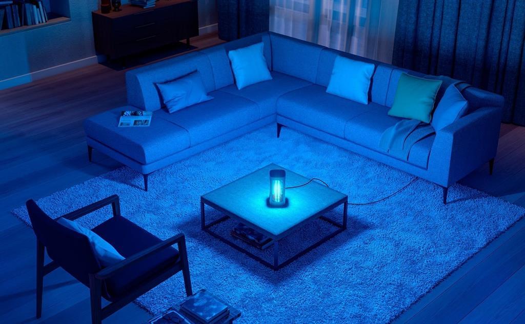 soluciones profesionales y una lámpara de mesa para casa