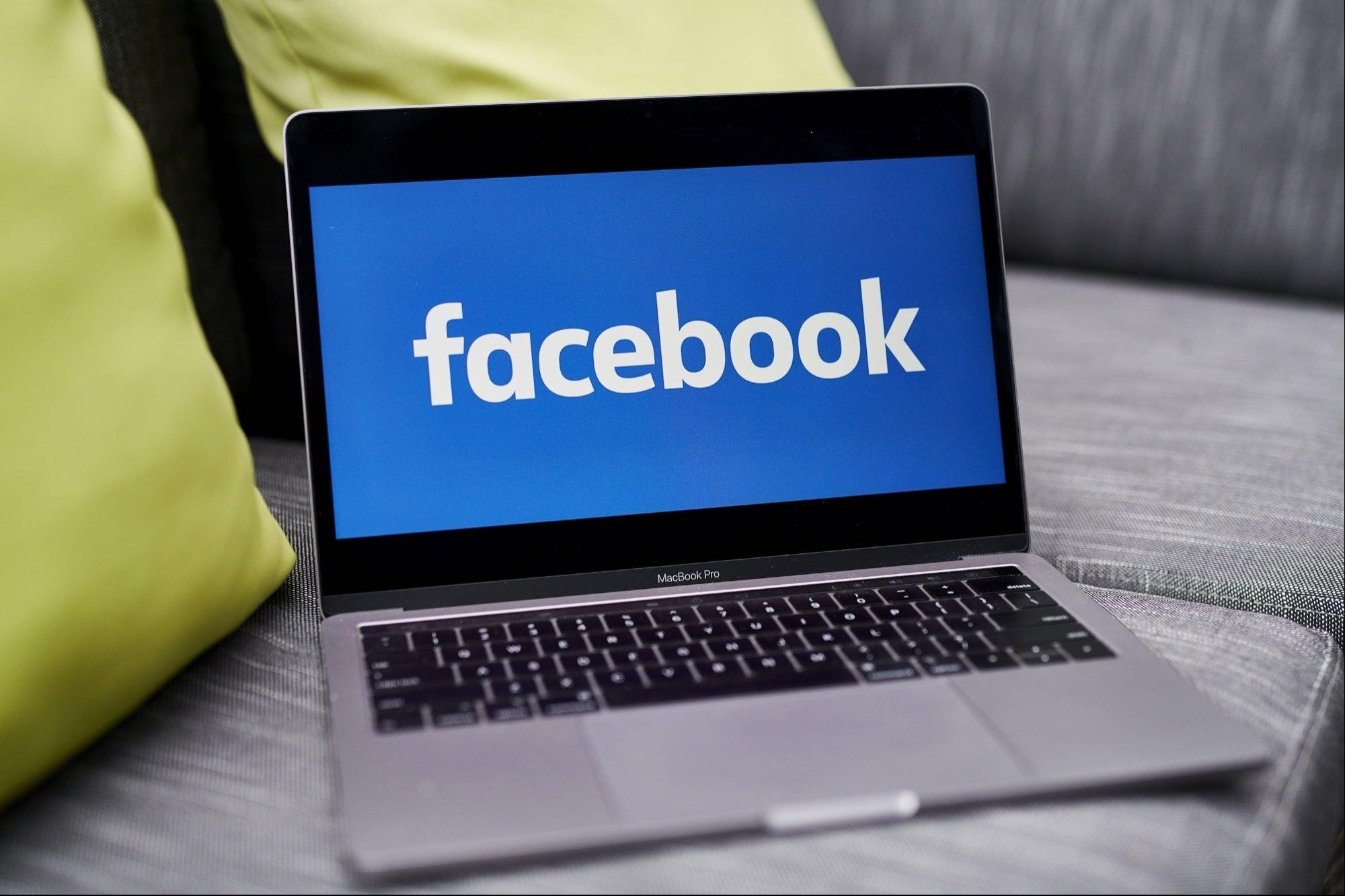 ¿Cómo puedo vender directamente desde una transmisión en vivo? Facebook Live Shopping lo hará más fácil