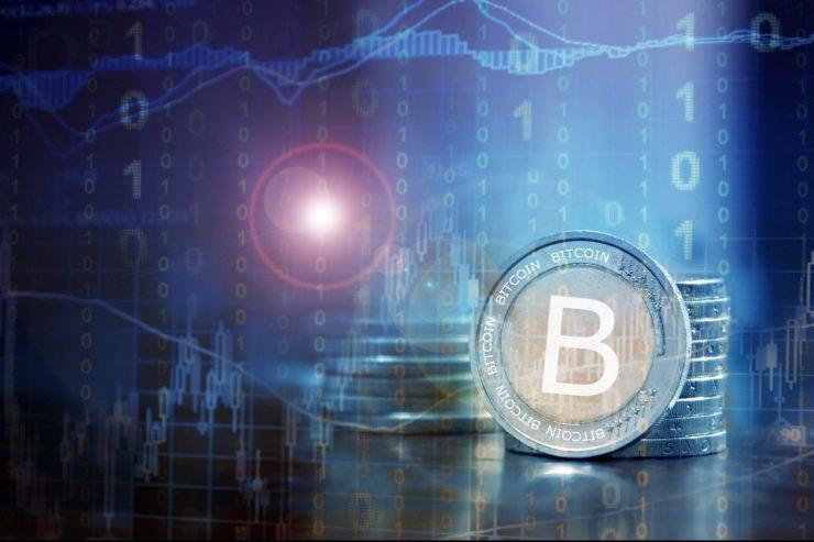 Bitcoin: ¿Qué es la 'cruz de la muerte' que presagia la fuerte caída de esta criptomoneda?