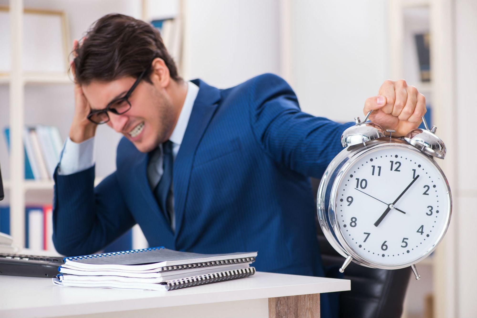 Emprender de medio tiempo: 6 tips para lograrlo sin volverte loco