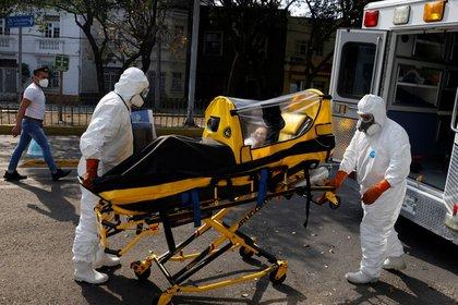 México registra 135 mil 682 decesos y un millón 556 mil 028 casos confirmados.  (Foto: REUTERS / Carlos Jasso)