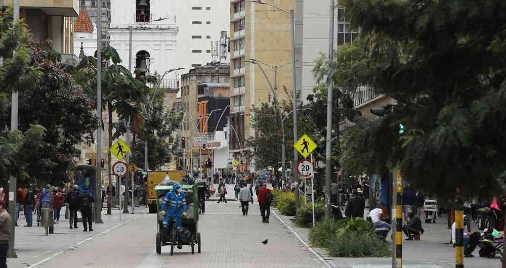 Bogotá regresa a cuarentenas selectivas por aumento de contagios de covid