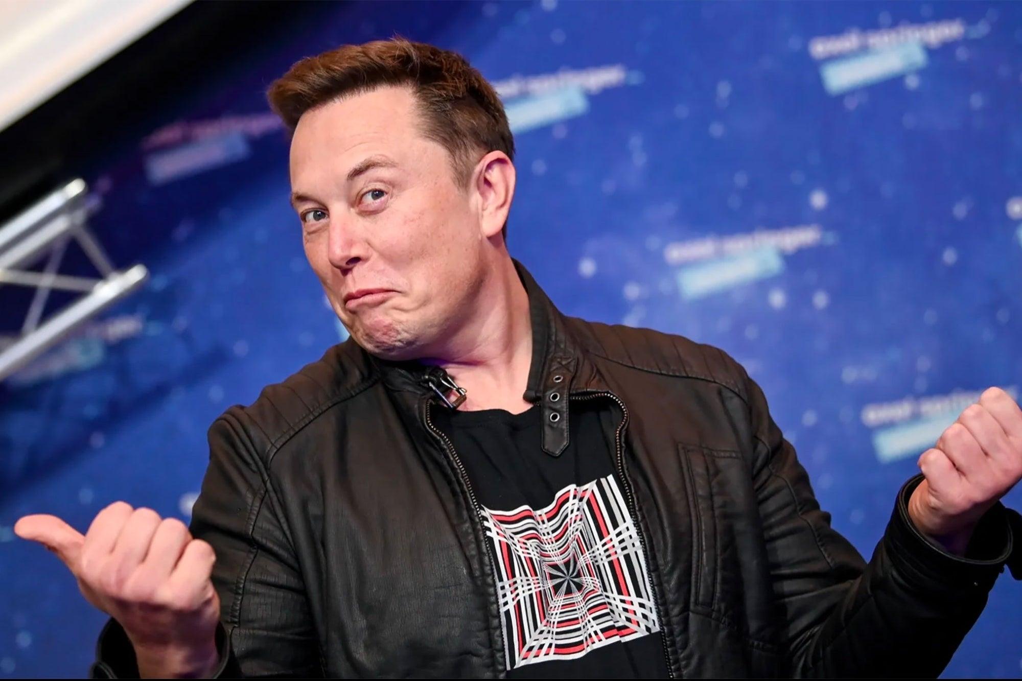 Elon Musk venderá todas sus propiedades para financiar colonización de Marte