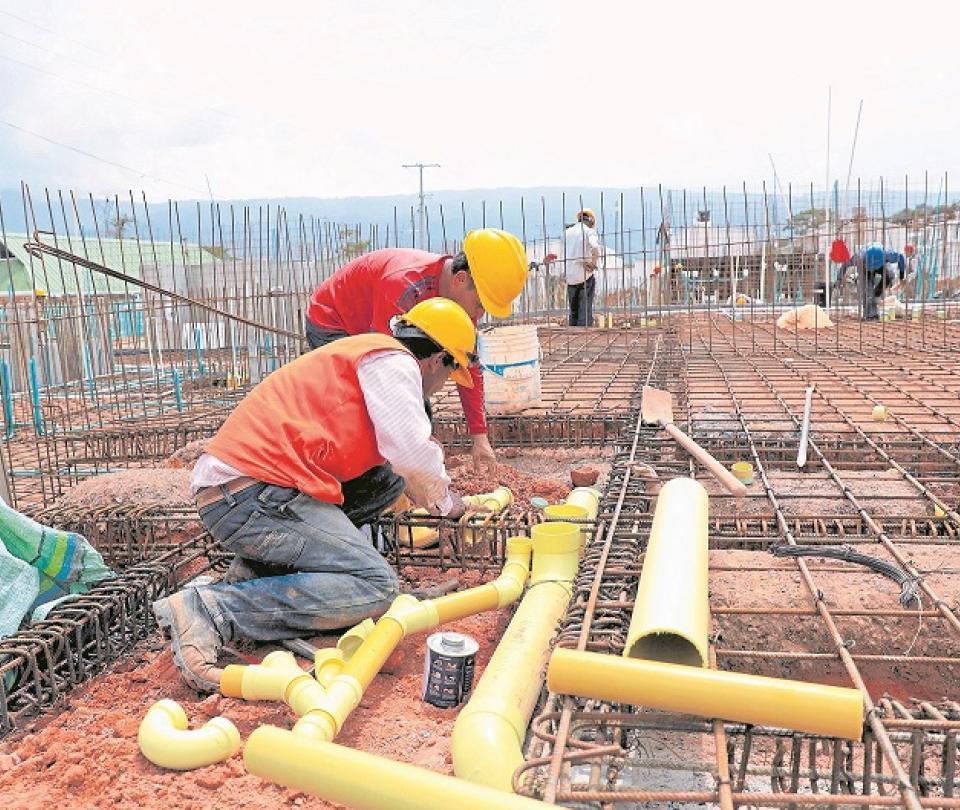 En ejecución, 32 obras de agua y saneamiento | Infraestructura | Economía