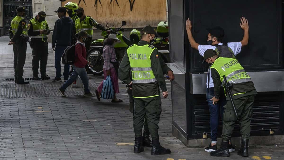 Entre sanciones y comparendos transcurrió puente de Reyes en Colombia