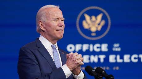 """Joe Biden se dirige a la nación y dice que la democracia de EE.UU. está bajo un """"asalto sin precedentes"""""""