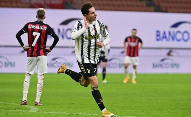 Juventus acaba con la imbatibilidad del Milán y se mete en pelea por 'Scudetto'