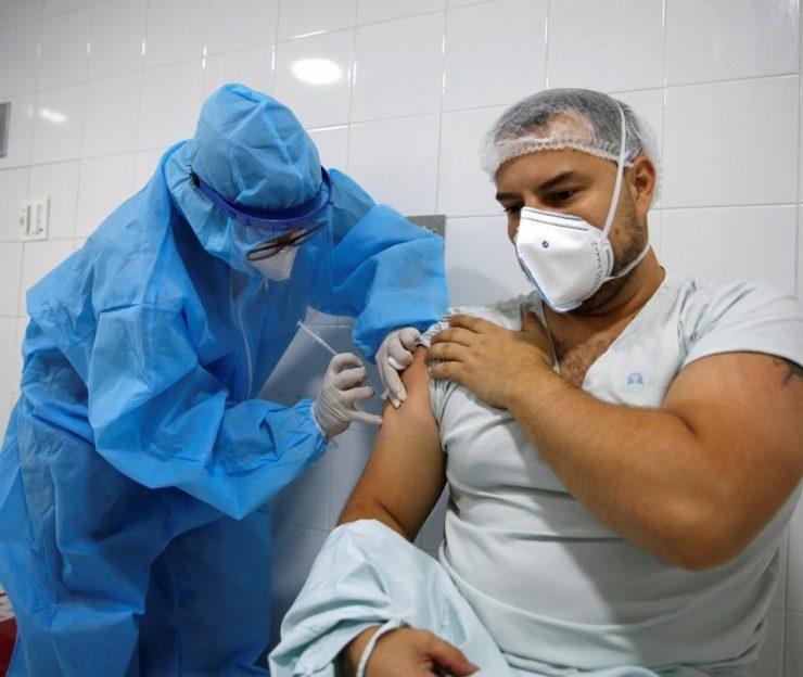 ¿Colombia vacunará a quienes ya les dio Covid-19? | Economía