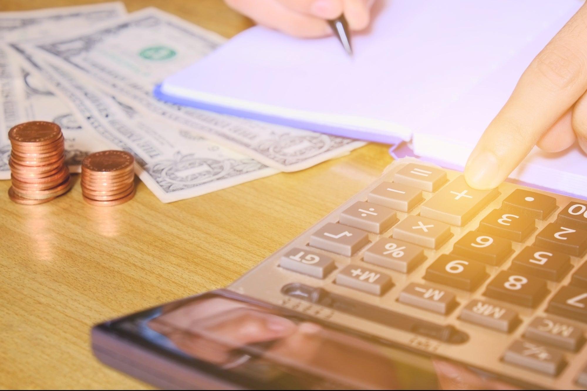 3 formas de ganar dinero y desarrollar tu negocio sin dejar tu trabajo