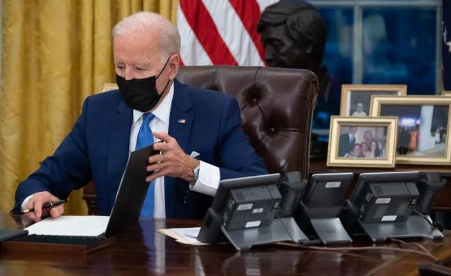 Biden avanza en su meta de 'borrar' a Trump