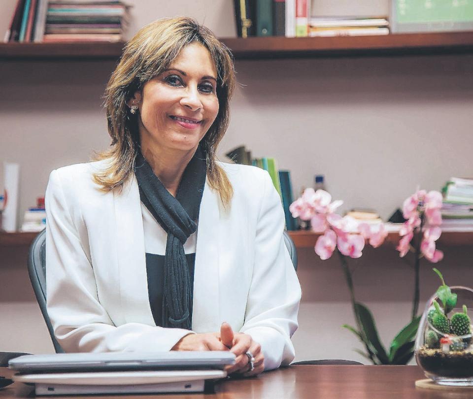 Entrevista con María Clara Rangel, rectora de la Universidad El Bosque: 'Gracias a alivios, esperamos cumplir meta de matrículas' | Economía