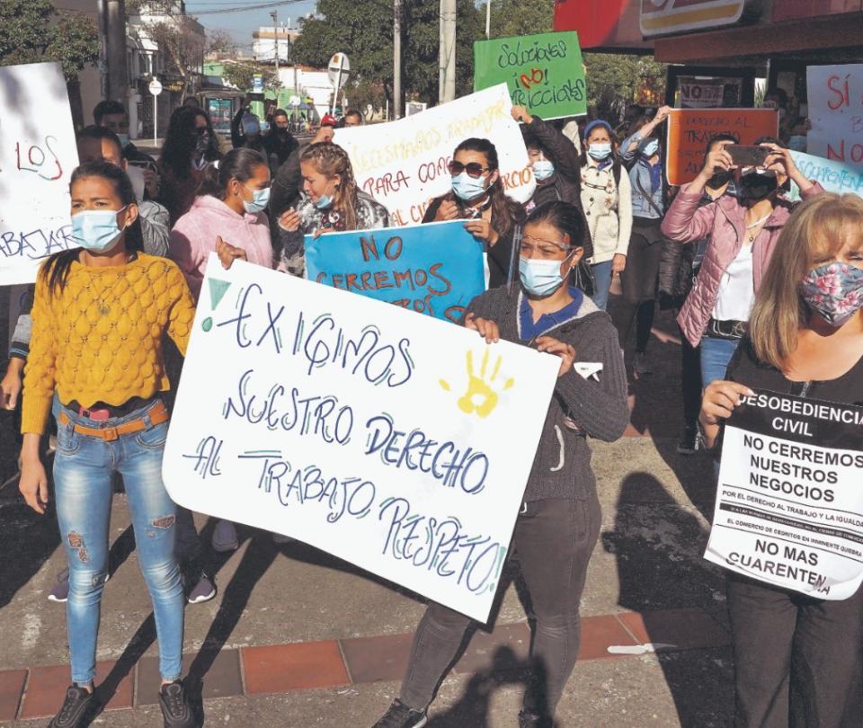 Golpe a demanda y al empleo, el efecto de cierres en Bogotá | Economía