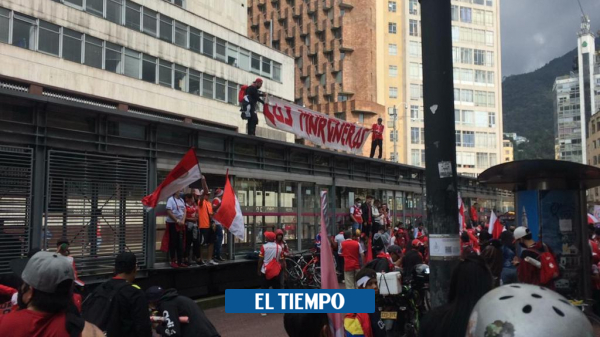 Hinchas de Santa Fe hacen actos vandalismos y distrito anuncia medidas - Fútbol Colombiano - Deportes