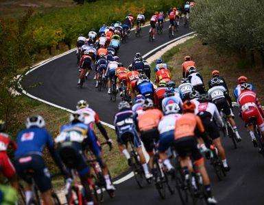 La UCI refuerza sus normas sobre seguridad y medio ambiente - Ciclismo - Deportes