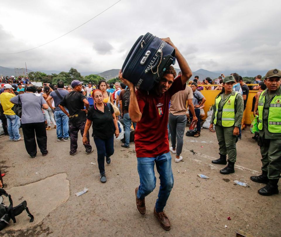 migrantes venezolanos podrán estar hasta 10 años en Colombia sin visa   Gobierno   Economía