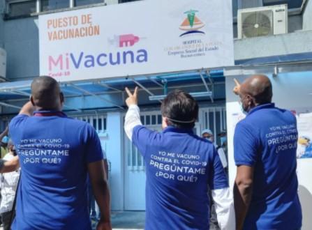 Ministro de Salud se comprometió con el envío de más vacunas para Buenaventura la próxima semana