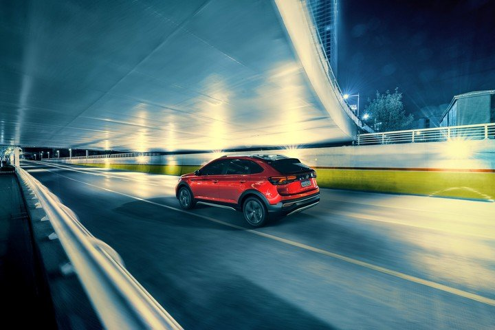 Volkswagen Nivus. Su silueta combina