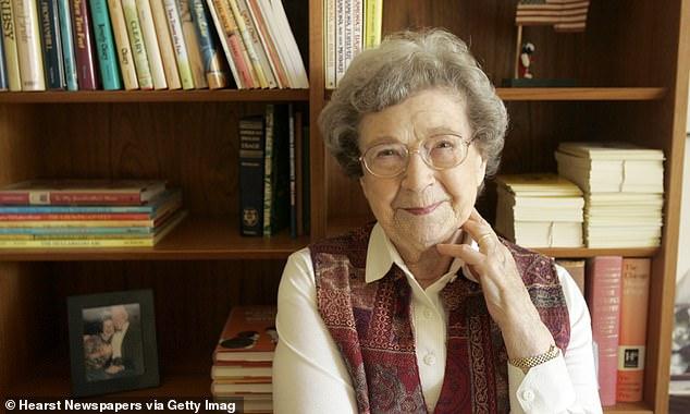 Descanse en paz: Beverly Cleary, conocida por escribir varios libros infantiles queridos, murió el jueves a la edad de 104 años.