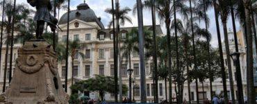 Cali: la historia de las tumbas ocultas bajo Plaza de Cayzedo y la Catedral - Cali - Colombia