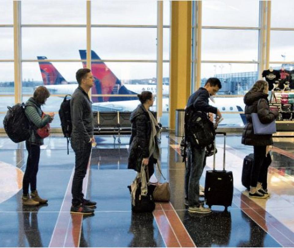 Devolución del IVA a turistas extranjeros en Colombia | Economía