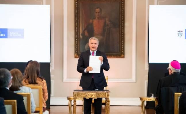 Duque firmó decreto con el que se crea el Estatuto de Protección Temporal a Migrantes Venezolanos