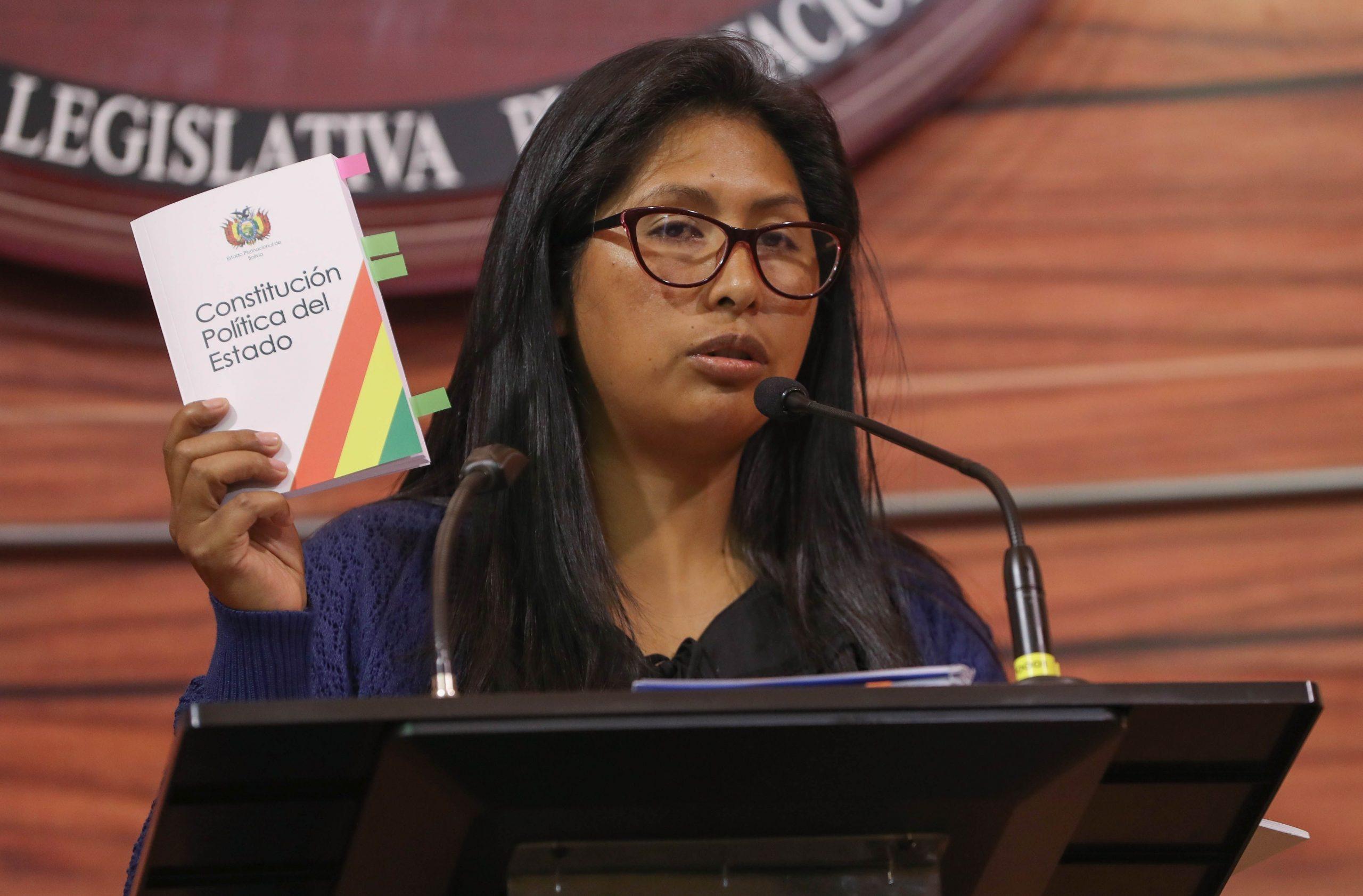 Elecciones en Bolivia: quién es Eva Copa, la mujer que rompió con Evo Morales y que  este domingo le puede quitar su principal bastión