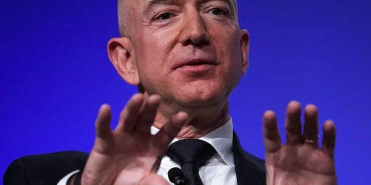 Estos serían los impuestos multimillonarios que pagarían Bezos, Musk, Gates y Zuckerberg