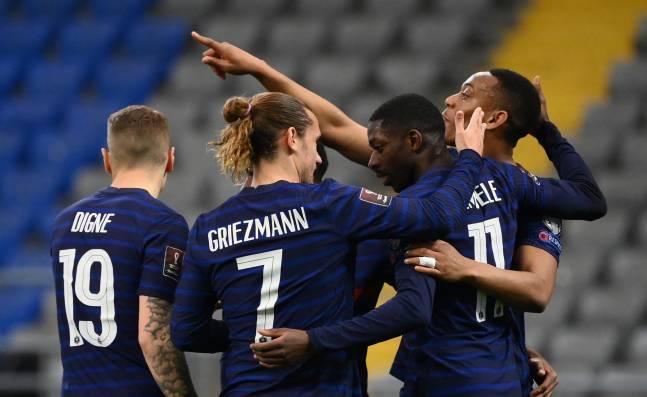 Francia venció a Kazajistán por eliminatorias europeas a Catar 2022