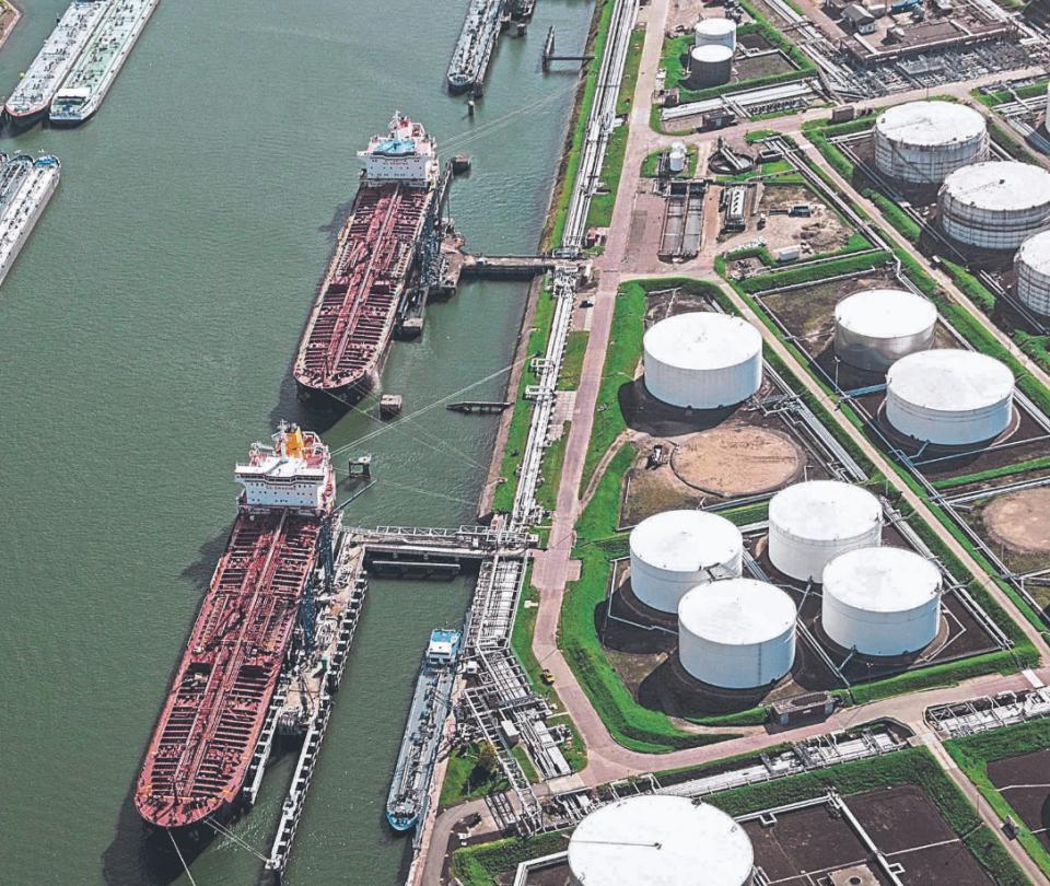 Importaciones de gasolina y diésel en Colombia cayeron más del 50% | Economía