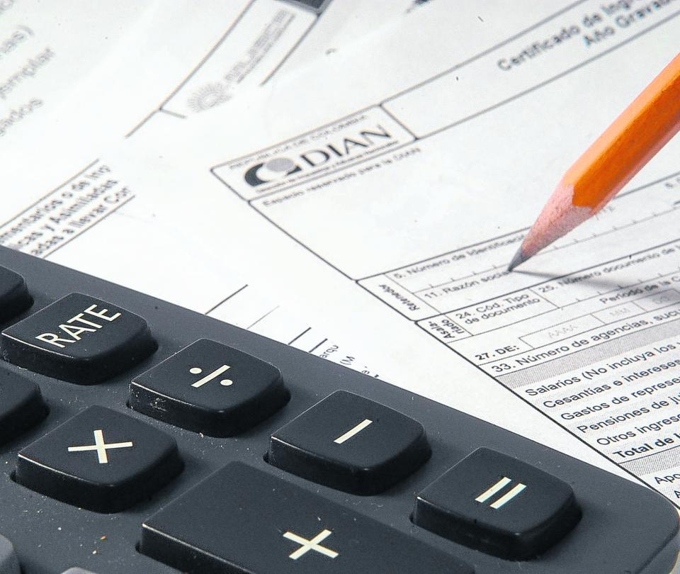 Impuesto de renta se ampliaria a personas naturales con ingresos de $2 millones | Economía