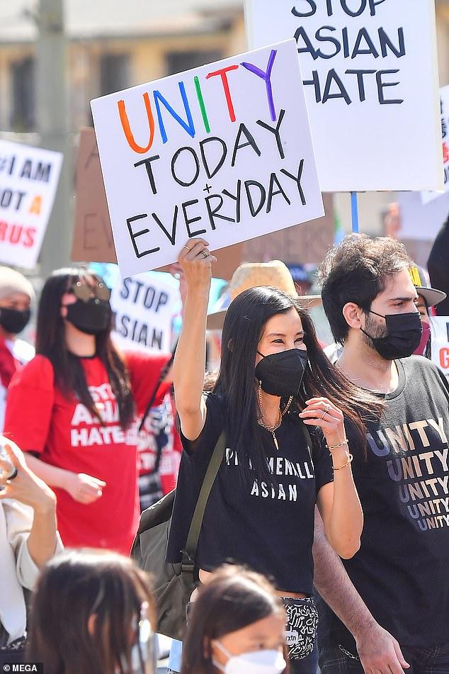 En Koreatown, Los Ángeles: Lisa Ling salió a las calles junto con varios miembros de la comunidad el sábado, en una muestra de apoyo a la causa Stop Asian Hate