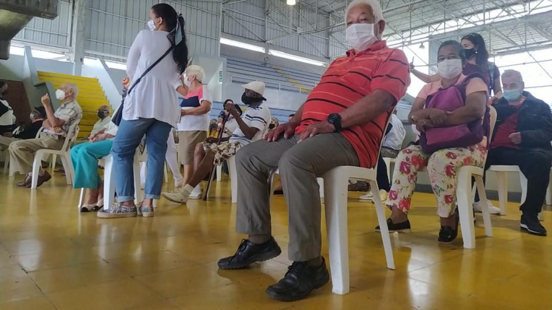 Vacunas contra el virus en el Valle del Cauca: Jornada intensiva de vacunación contra el COVID-19 en Palmira | Cali