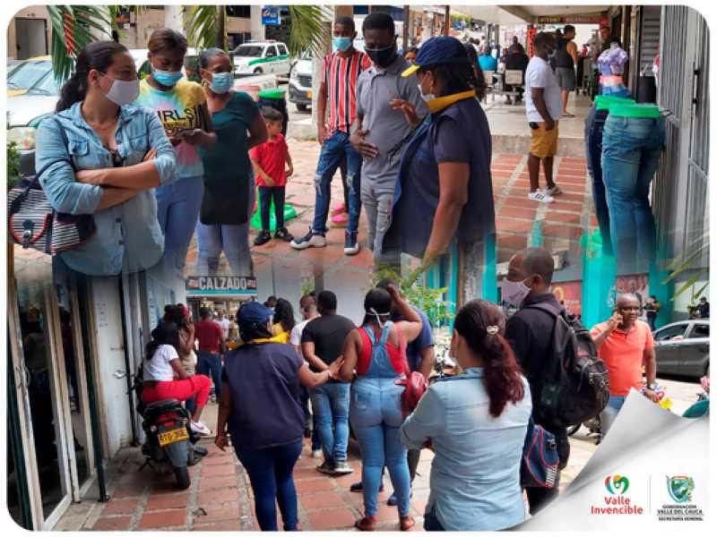 El pasado 19 y 20 de marzo se realizó la primera jornada descentralizada de pasaportes en Buenaventura. Esta actividad se caracterizó por haberse desarrollado en completa tranquilidad y respetando todos los protocolos de bioseguridad. Un total de 1150 pasaportes fueron expedidos superando la meta trazada.