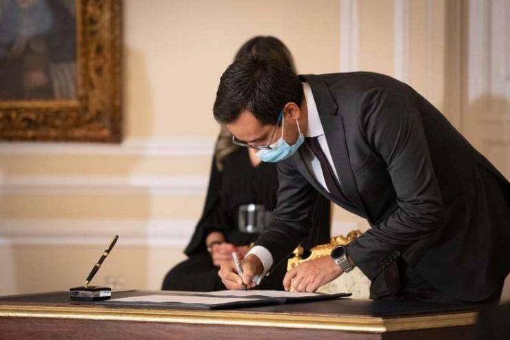 Ante el Presidente de la República, Iván Duque Márquez tomó posesión como nuevo Director General de la DIAN, Lisandro Junco Riveira, designado mediante Decreto 225 del 2 de marzo de 2021.