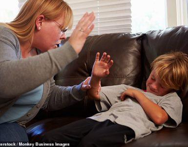 Golpear podría alterar las respuestas neuronales de un niño a su entorno de manera similar a un niño que experimenta una violencia más severa (imagen de archivo planteada por modelos)