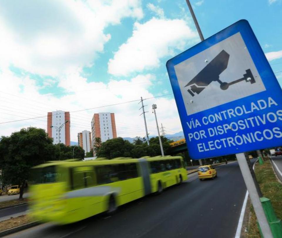Conozca sus derechos en caso de comparendo con cámara de fotomultas | Economía