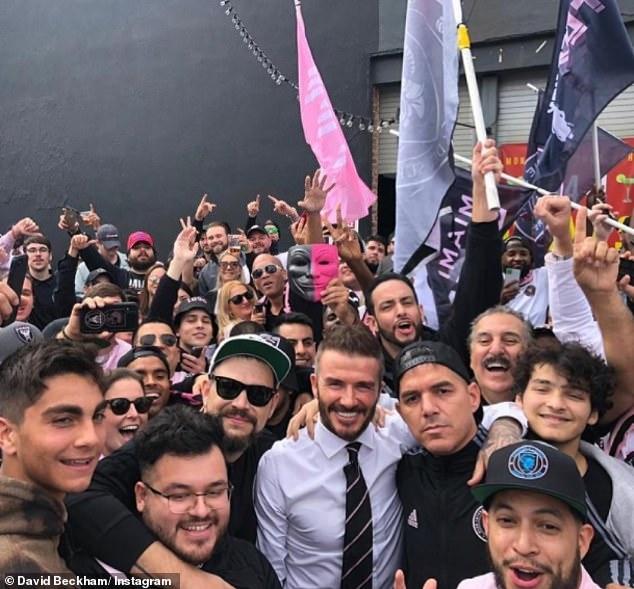 Hablando: David Beckham ha sumado su voz al creciente número que actualmente se está manifestando en contra de los planes para una nueva y controvertida liga de fútbol, exclusiva de los clubes más grandes de Europa.