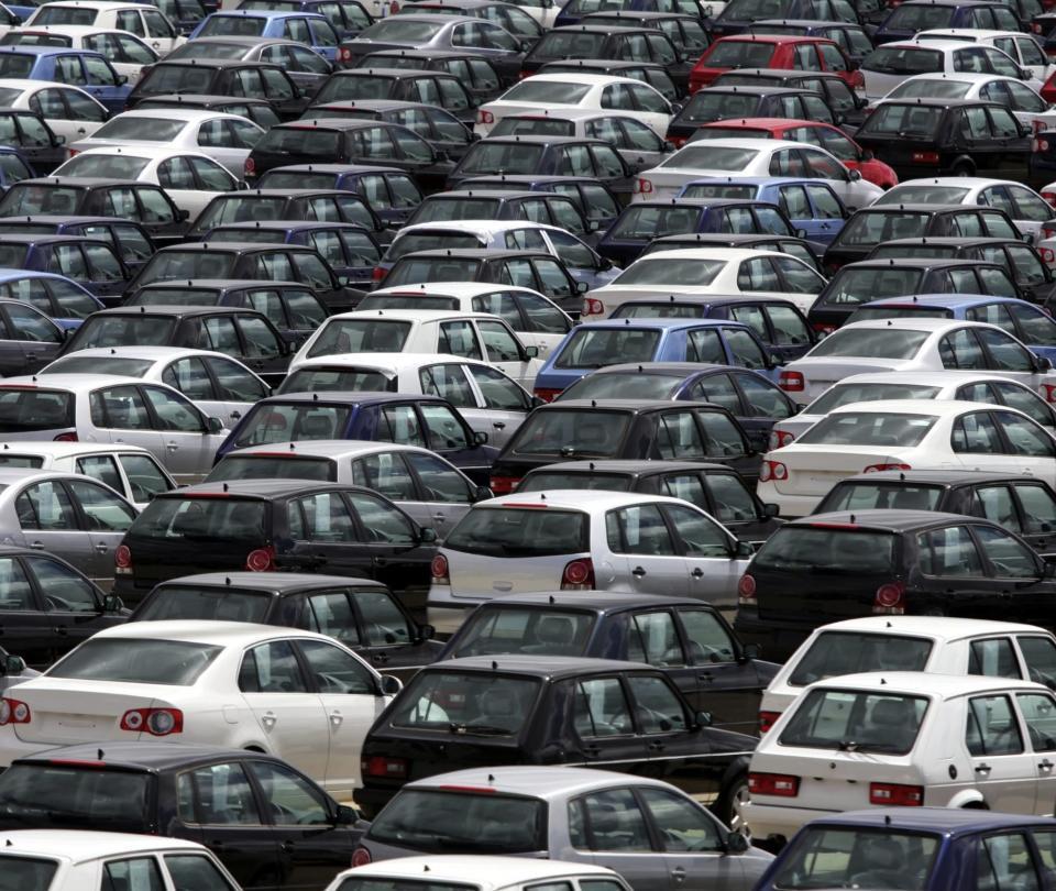 El covid y la política le dieron una 'paliza' a la industria automotor | Economía